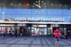österreichische Bundesbahnen, Zug, Bahnhof